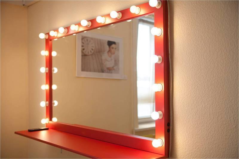 Гримерное зеркало с подсветкой своими руками 6